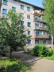 Продаю 3-х комн.квартиру в благоустроенном доме,  г.Котельнич 850. т.р.